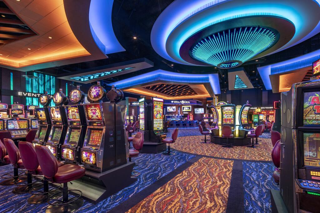 The Background Of Online Casino Refuted