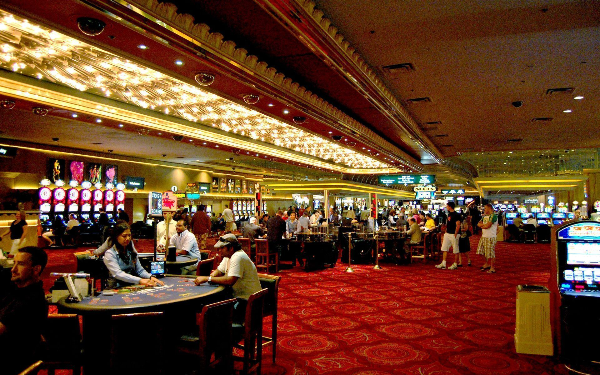 The 8 Most Successful Online Casino Firms In Area