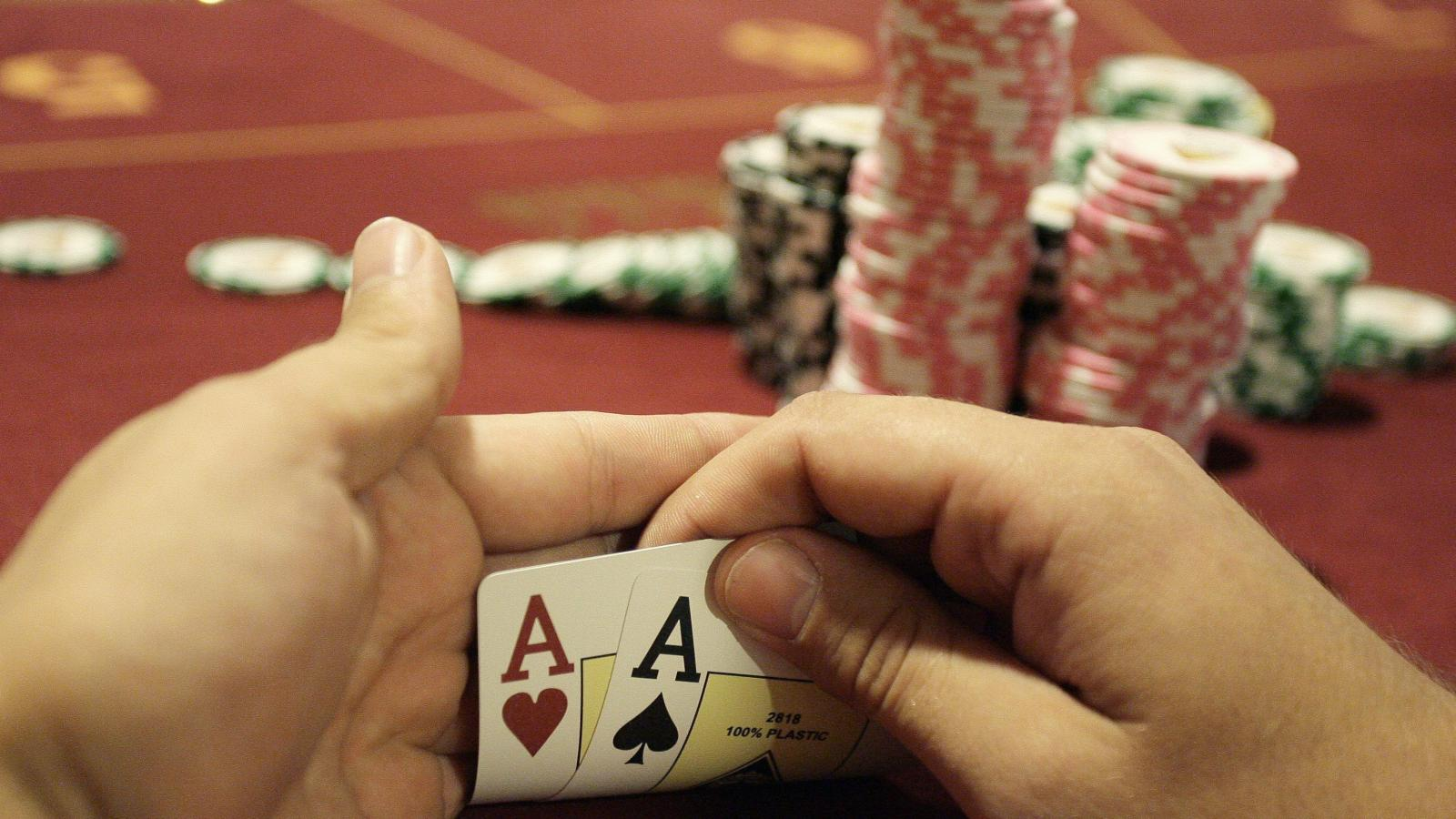 The web and The Love of yours for Poker1001